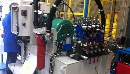 Système hydraulique speciaux blocs forés accu 3